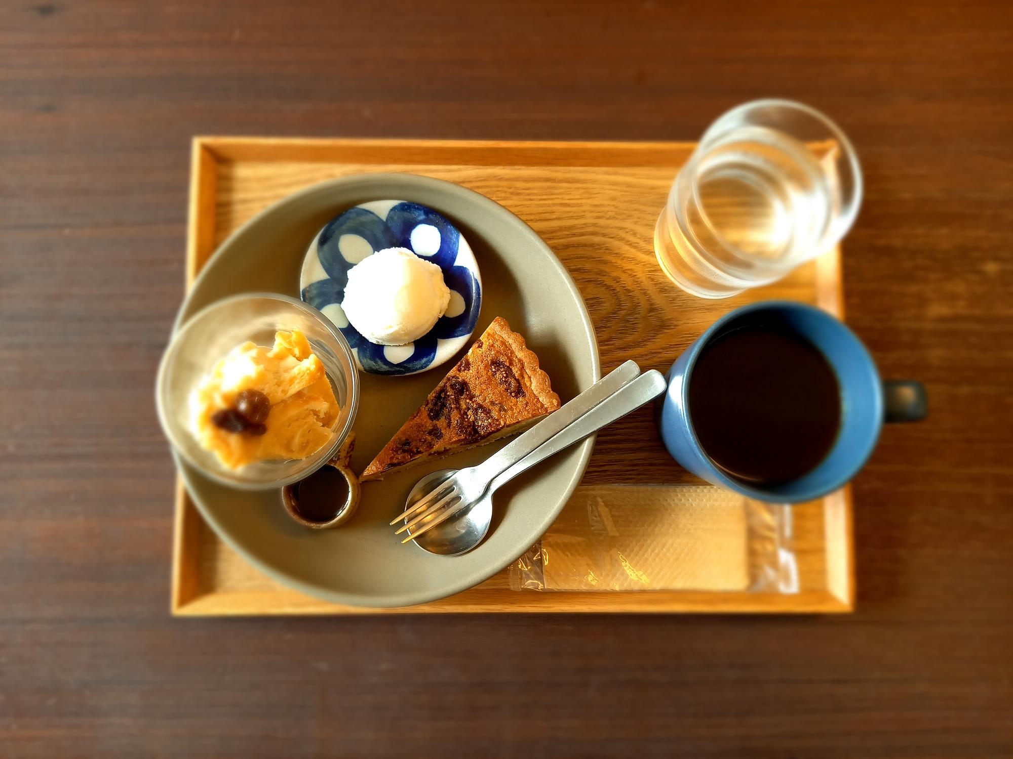 写真:オーバッシュカフェ