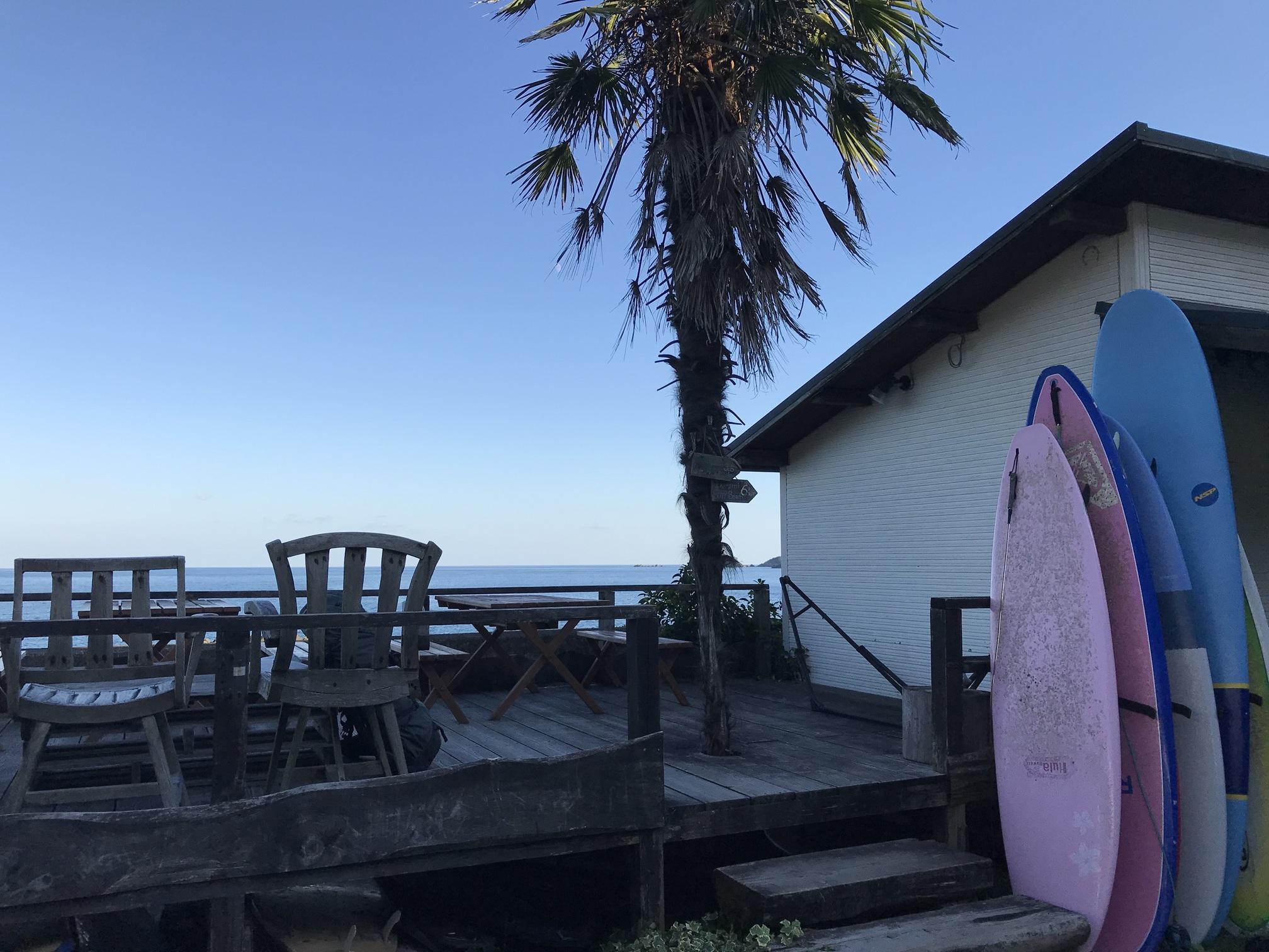 写真:PAVILION SURF AND LODGE