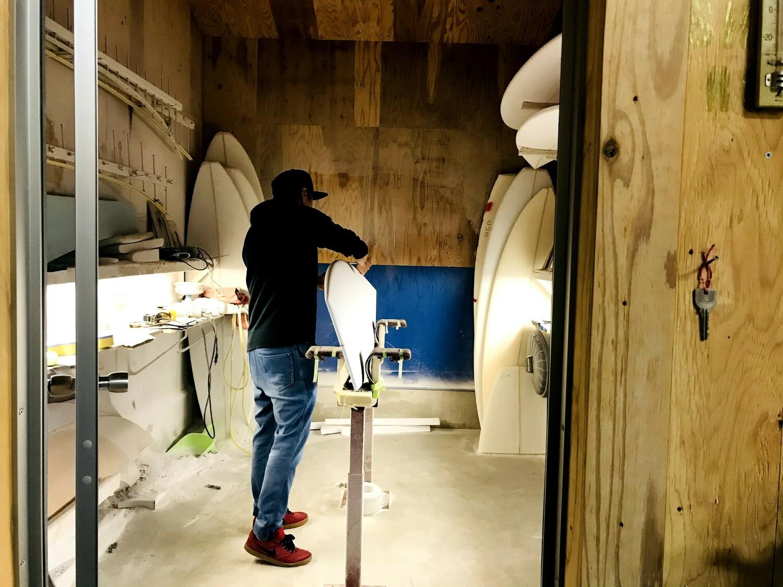 写真(大):Yamamoto Surf Board Factory 山本造船